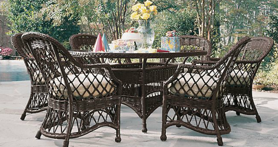 Lane Venture Outdoor Wicker Dining   Camino Real Collection